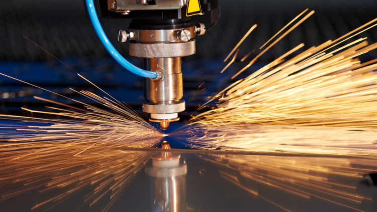 Como funciona o sistema de corte de metais a plasma